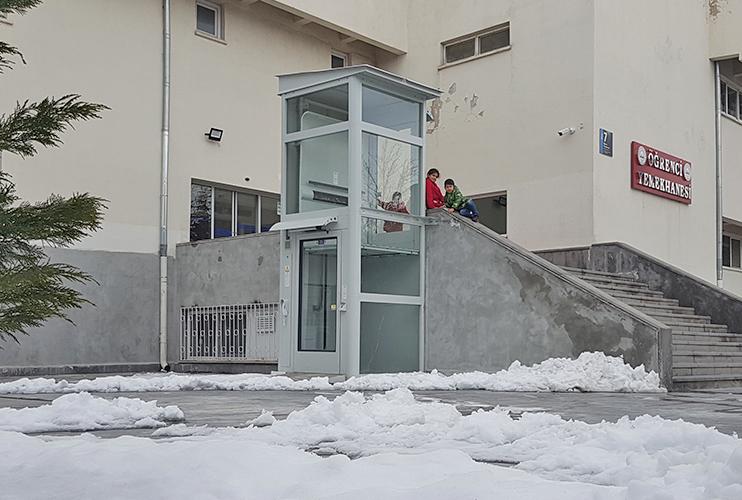 dikey kuyusuz asansör